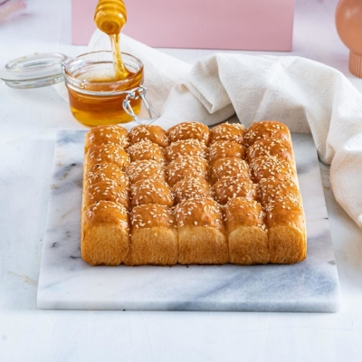 Stuffed bread cheese and honey